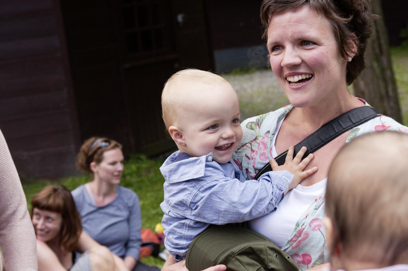 Familien genießen die liebevolle, unkomplizierte Atmosphäre